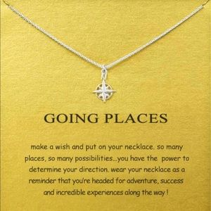 Jewelry - Silver Compass Short Chain Pendant Necklace